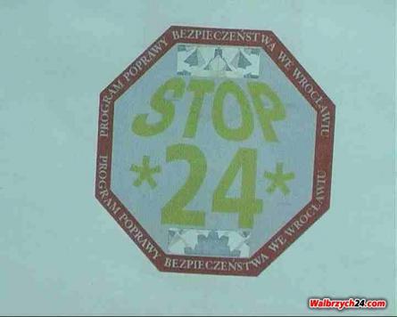 STOP 24