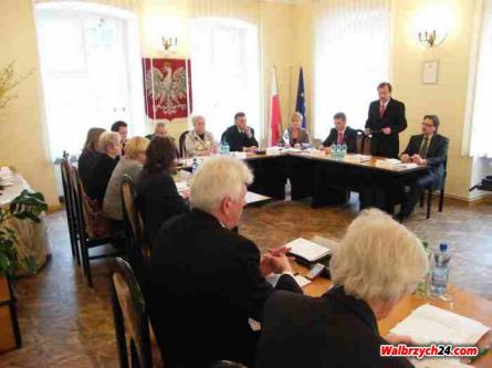 Świebodzice. Sesja Rady Miasta